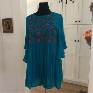 Lovely greenish blue lined embroidered Dress L EUC